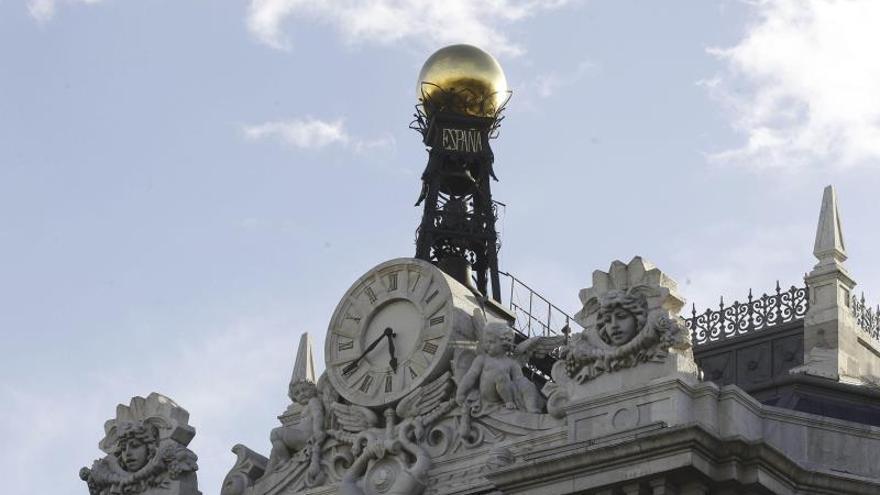 El Banco de España multa e inhabilita a una exdirectiva de una entidad de pago