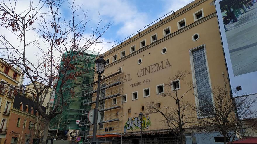 Fachada del Real Cinema, en la plaza de Ópera de Madrid. / SPM