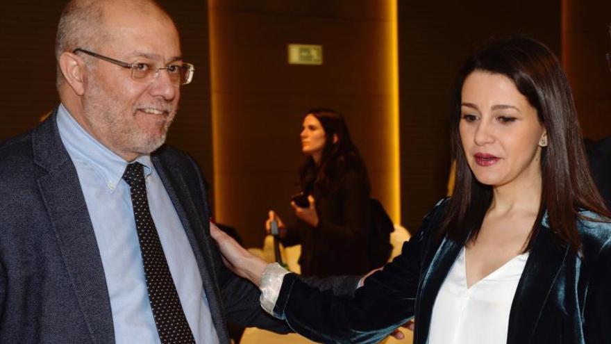 """Arrimadas cierra la puerta a entenderse con Igea: los modelos son """"distintos"""""""