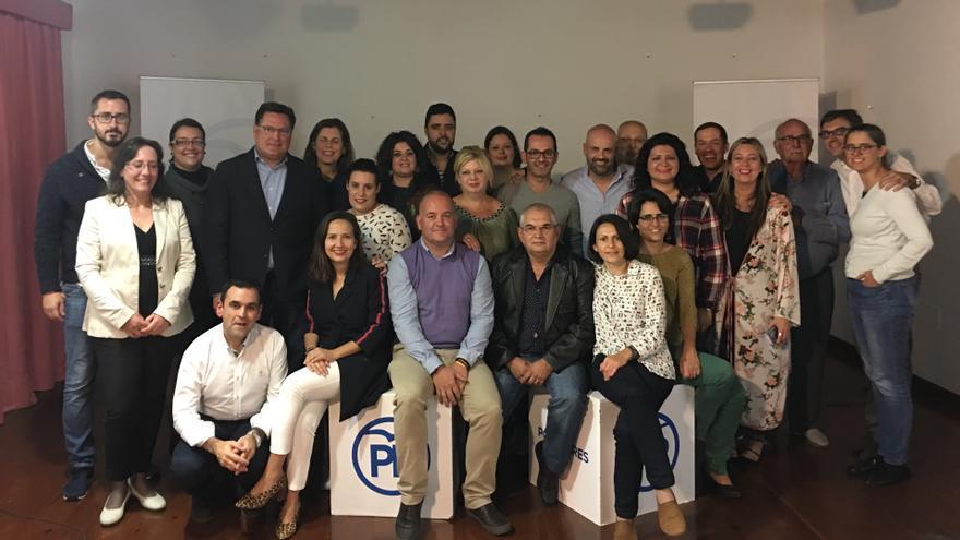 Miembros de los comités locales del PP de San Andrés y Sauces y Puntallana y otros dirigentes del partido.