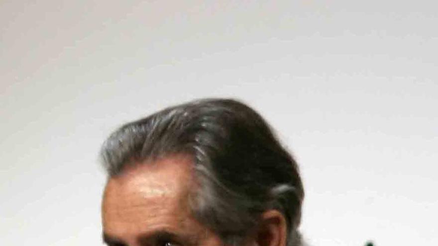 """IU dice que los pagos a Blesa muestran que el PP se """"salta"""" las incompatibilidades y confunde """"lo propio con lo ajeno"""""""