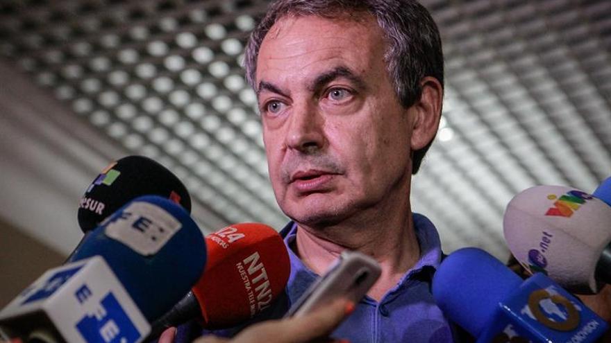 Zapatero seguirá este martes impulsando el diálogo con chavismo y oposición
