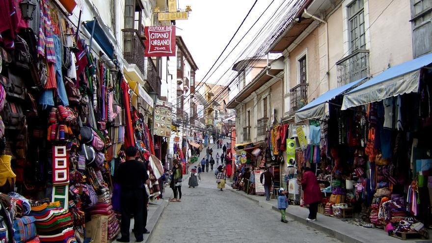 La Calle Linares, epicentro del Mercado de Las Brujas de La Paz.