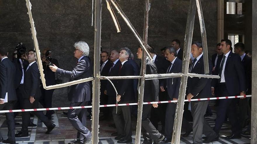 Turquía pide a EEUU la extradición del imam al que acusa del golpe de Estado