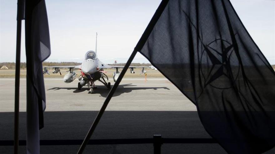 """Estonia exige """"presencia militar continua"""" de la OTAN en frontera con Rusia"""