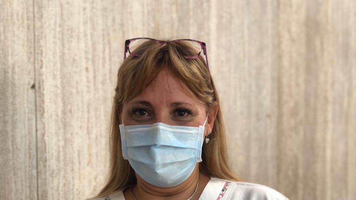 Karina De La Iglesia, una de las primeras enfermeras en recibir la Sputnik V.
