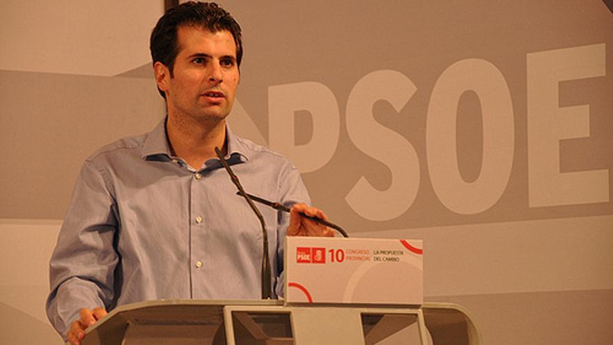 El secretario del PSOE de Burgos, Luis Tudanca, en un acto del partido. PSOE