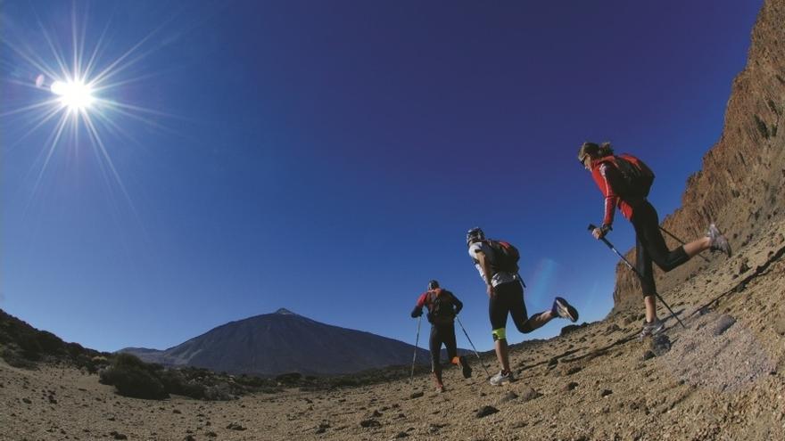 """La carrera """"Desafío de faro a faro"""" incluye coronar el pico Teide"""