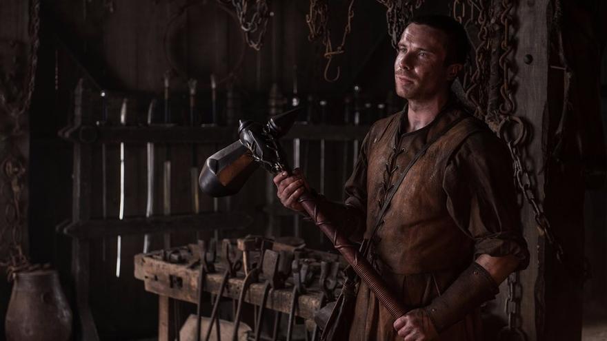 Gendry, hijo bastardo de Robert y el último miembro conocido de la Casa Baratheon