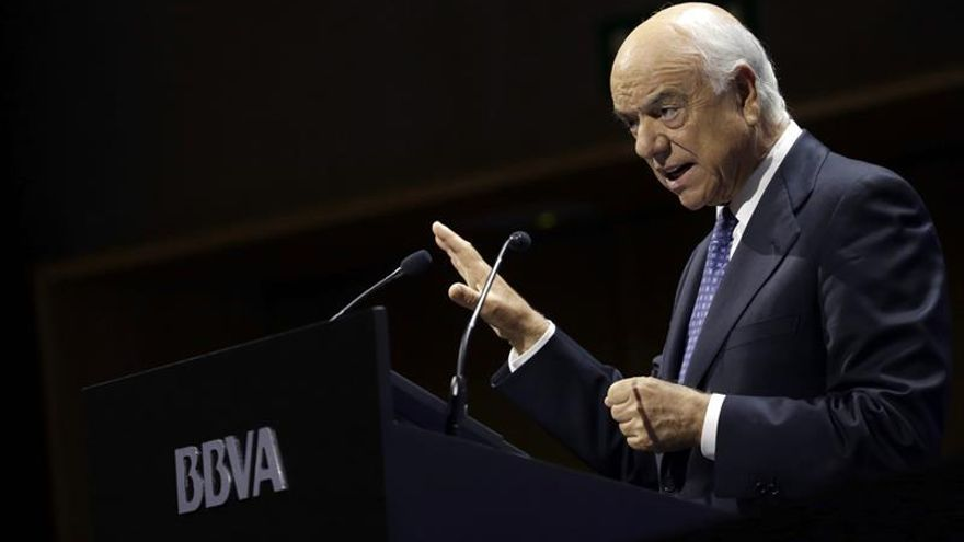 La junta de accionistas del BBVA renovará mañana a González hasta 2019