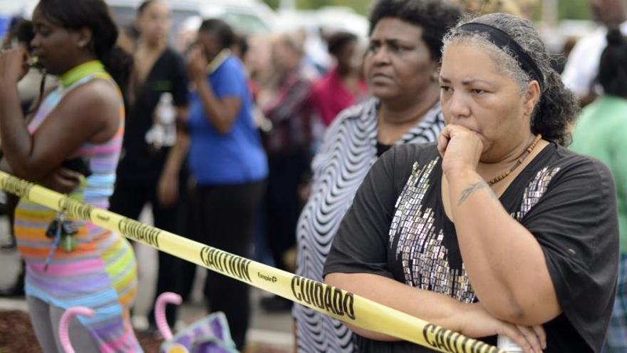 Dos estudiantes heridos de bala en un tiroteo en una escuela de Filadelfia