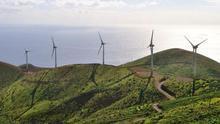 El Cabildo de El Hierro rechaza la creación de una comercializadora pública de energía