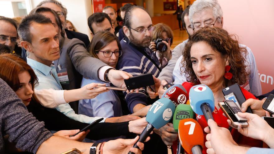 María Jesús Montero comunica al Parlamento que no comparecerá este jueves en la comisión de la Faffe
