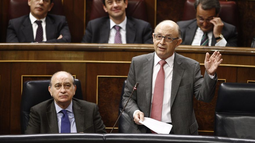 """Montoro acusa al PSOE de """"enfangar"""" y """"embarrar"""" por denunciar en el Congreso la corrupción del PP valenciano"""