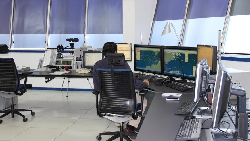La búsqueda aérea del pesquero desaparecido se reanuda pese al temporal y tras una noche sin novedades