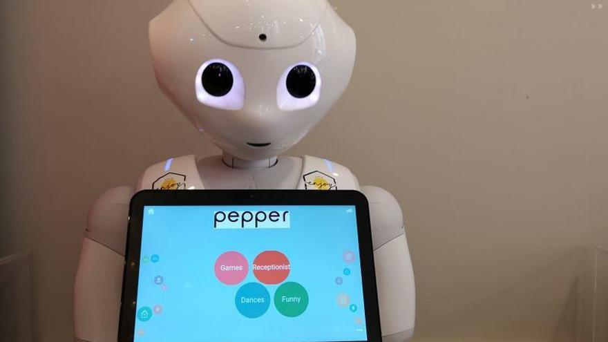 ¿Un camarero robot? En Budapest unos androides sirven los pedidos