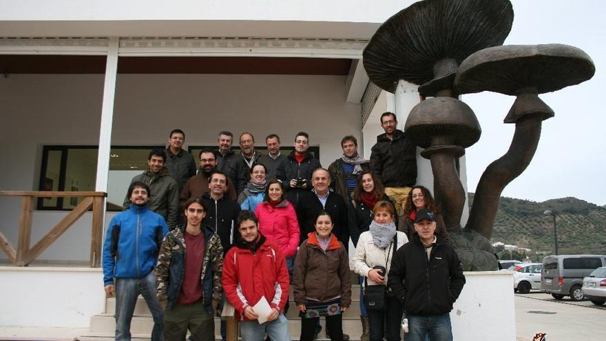 Una de las actividadess de Micosfera de visita al Centro Andaluz de Micología / Foto: Micosfera.