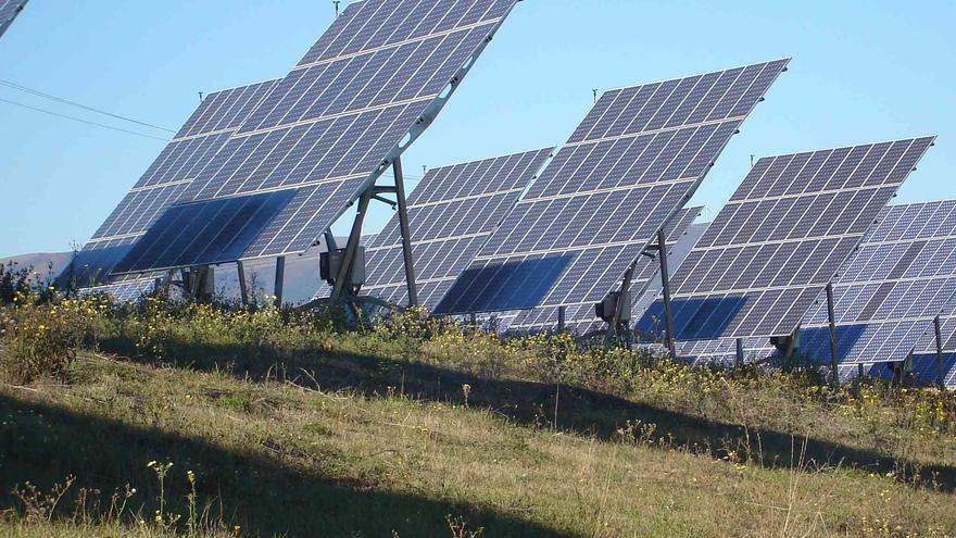 Placas solares del huerto solar de Agurain (Álava).