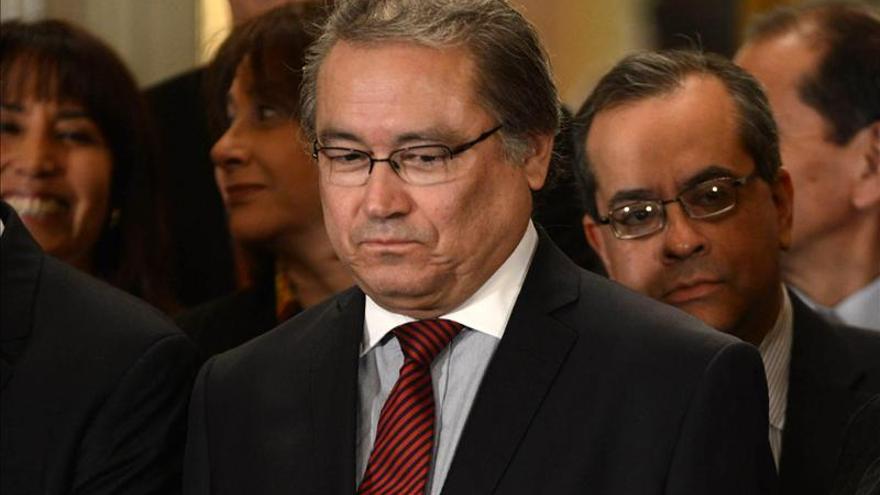 Ministro del Interior de Perú niega haber defendido a estadounidense Berenson
