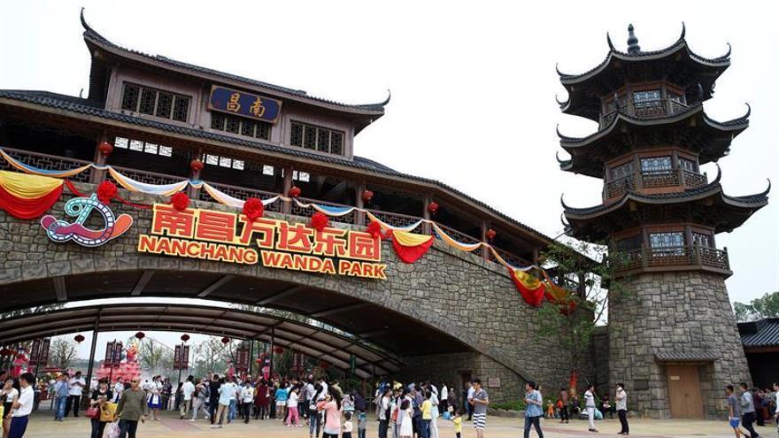 Disney amenaza con acciones tras el uso de sus personajes en el parque de Wanda