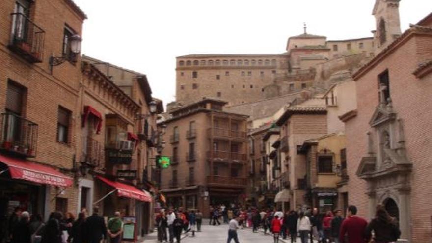 La ciudad de Toledo vuelve a abrir este jueves el interior de bares y restaurantes