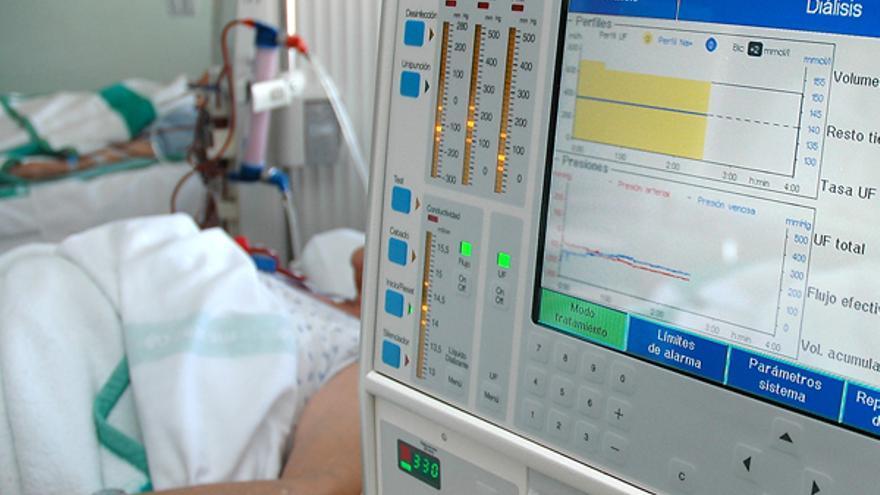 """Alcer pide, """"por prudencia sanitaria"""", la anulación del concurso de gestión del Servicio de Hemodiálisis"""