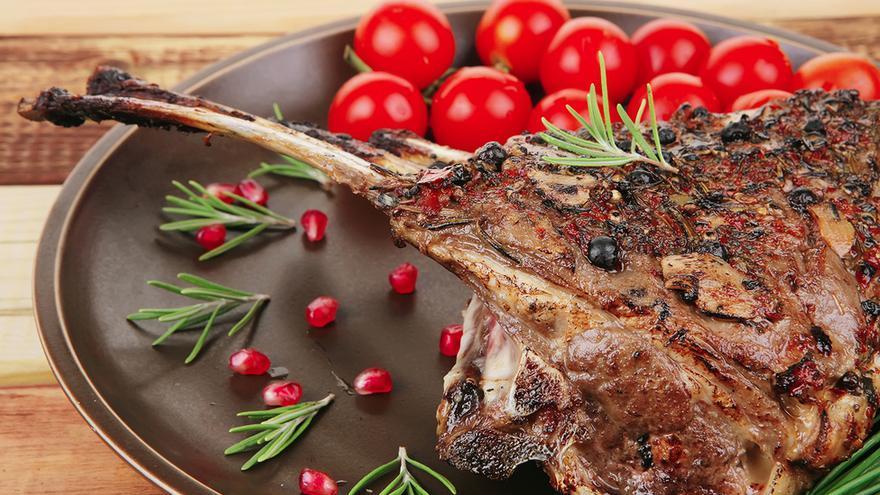 Esta Navidad, consume productos de proximidad como el cordero manchego