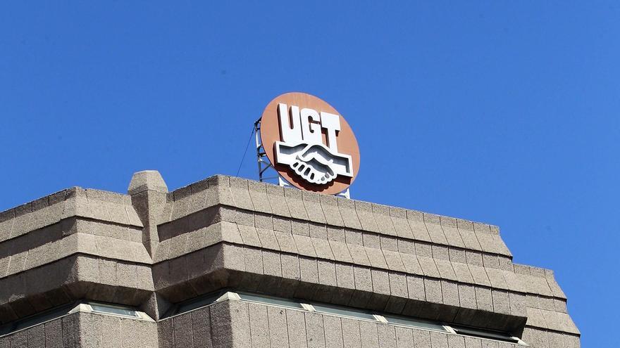 """(Ampl) UGT avisa de que no da """"ni un minuto de tregua"""" a los partidos y exigirá las 20 actuaciones propuestas"""