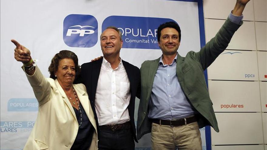 """Fabra dice que """"hoy ponemos nuestro futuro a disposición de los ciudadanos"""""""