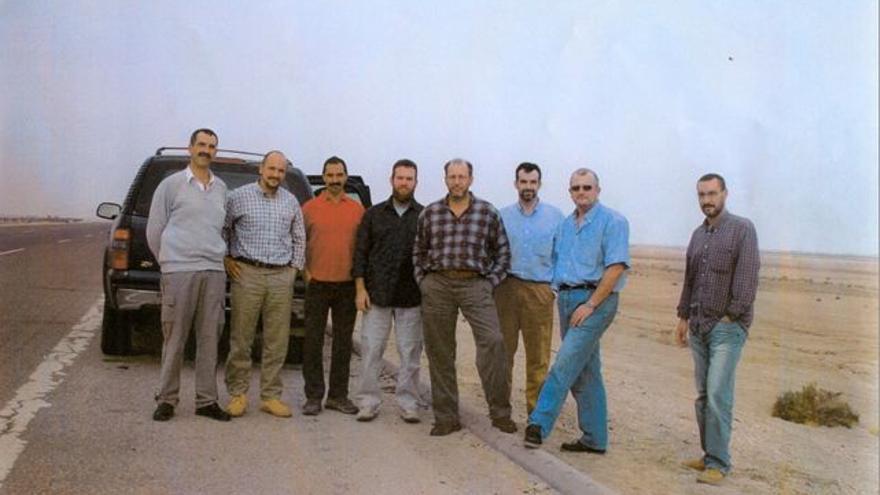 Los agentes del CNI asesinados en Irak en 2003 fotografiados por sus compañeros