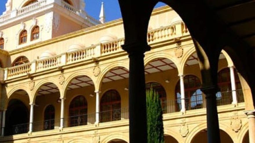 Claustro del campus de la Merced, Universidad de Murcia / um.es