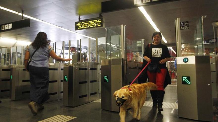 Normalizado el servicio de la línea 3 el metro de Barcelona tras el hallazgo de un líquido