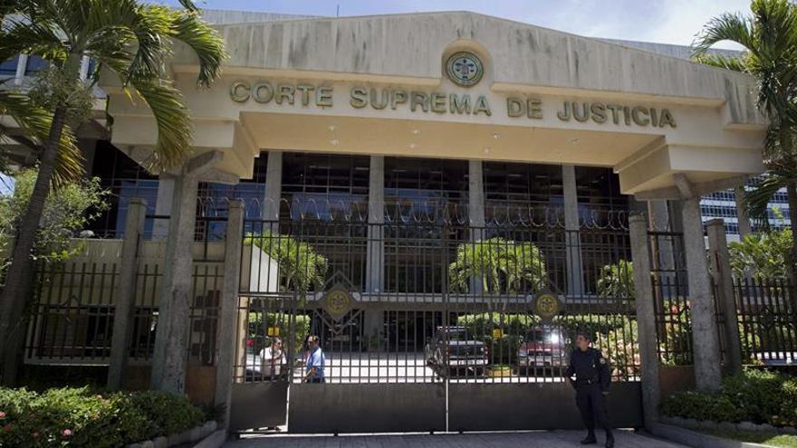 El Supremo de El Salvador declara inconstitucional la Ley de Amnistía