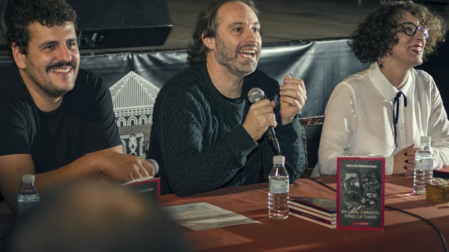 Carlos Ávila, Félix Chacón y Alicia Es. Martínez / Julio López Espeso