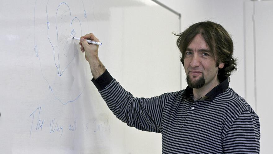El profesor Aitor Aritzeta.