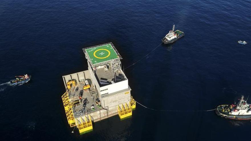 Canarias fondea su gran laboratorio flotante para ciencias en alta mar