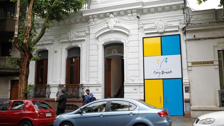 Vista de la fachada de la sede de la Fundación Mario Benedetti en Montevideo (Uruguay).