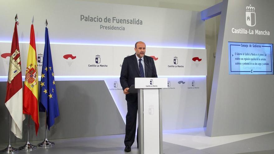 El vicepresidente primero en funciones, José Luis Martínez Guijarro