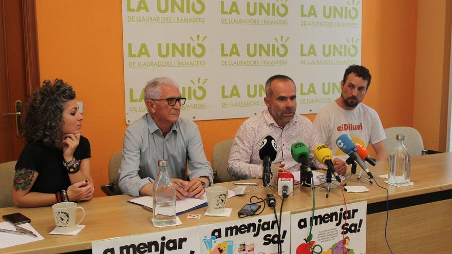 El presidente de IVIFA, Joan Ramón Peris; la coordinadora del Plan, Betlem Albero y el secretario general de La Unió, Carles Peris