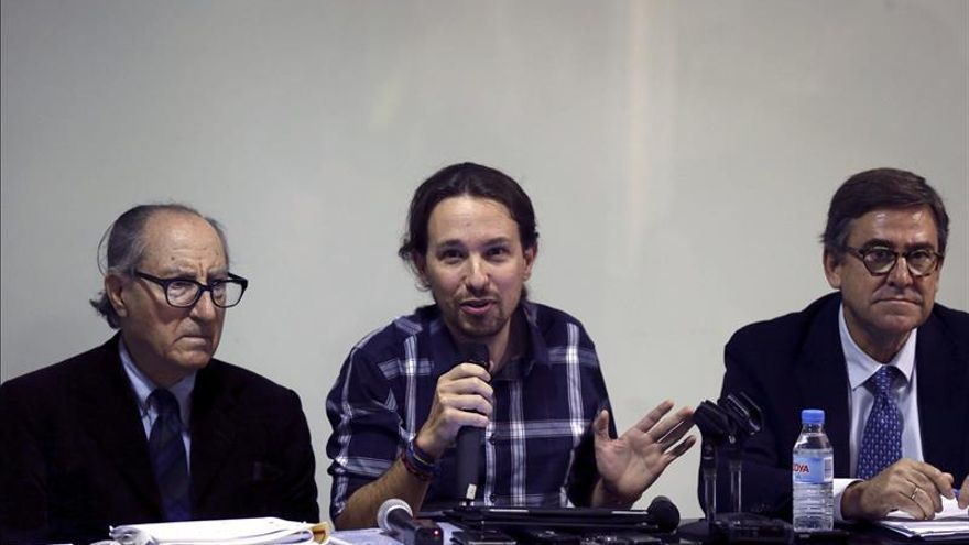La Ejecutiva de Podemos analiza un documento económico en el que basará su programa