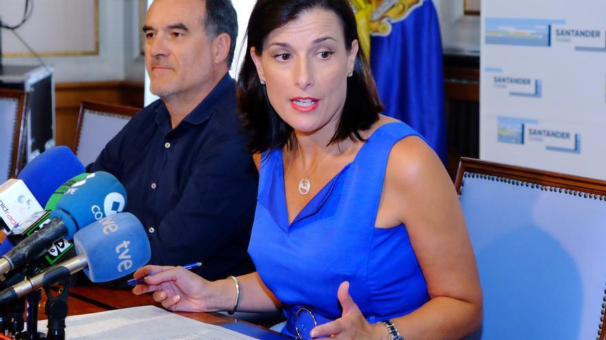 Ignacio Quirós y Gema Igual en rueda de prensa.