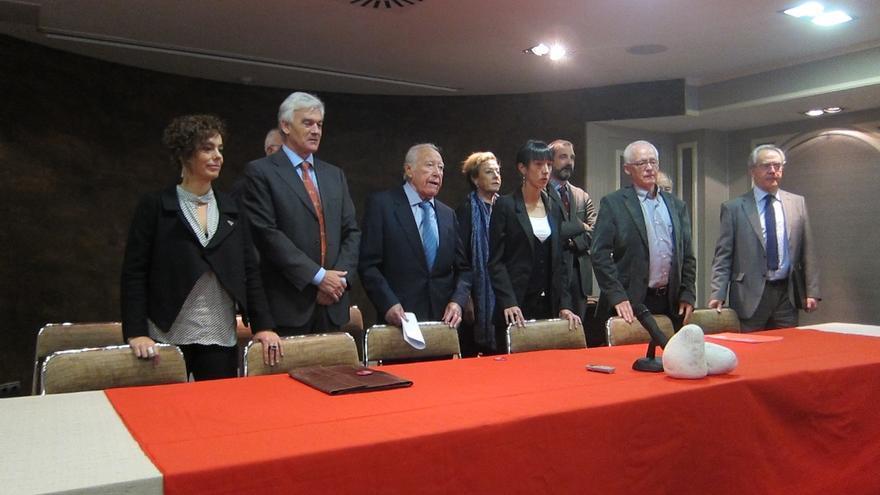 """Juristas creen que una política penitencia ajustada a la legalidad puede """"servir de aliciente para avanzar hacia la paz"""""""