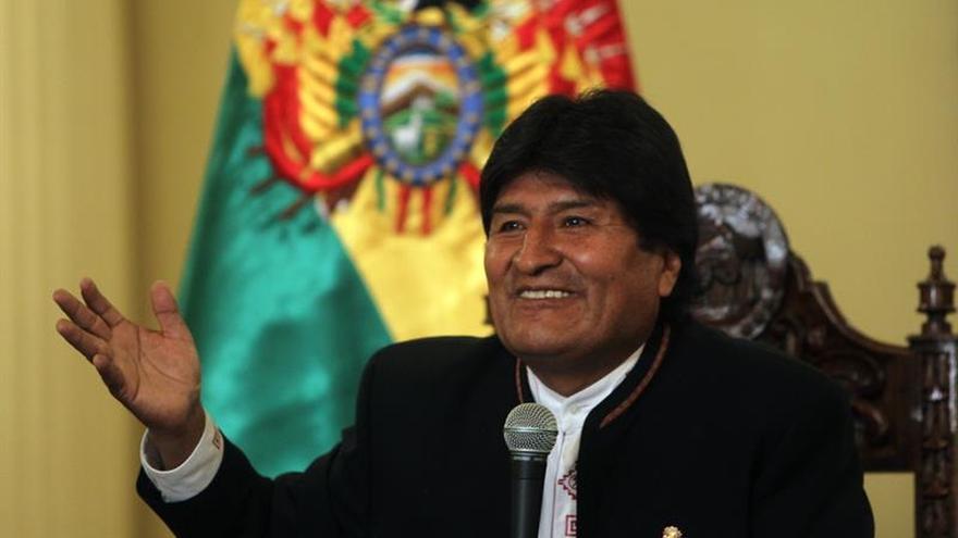 """Evo Morales felicita a canciller por la """"valentía"""" de hacer respetar a Bolivia"""