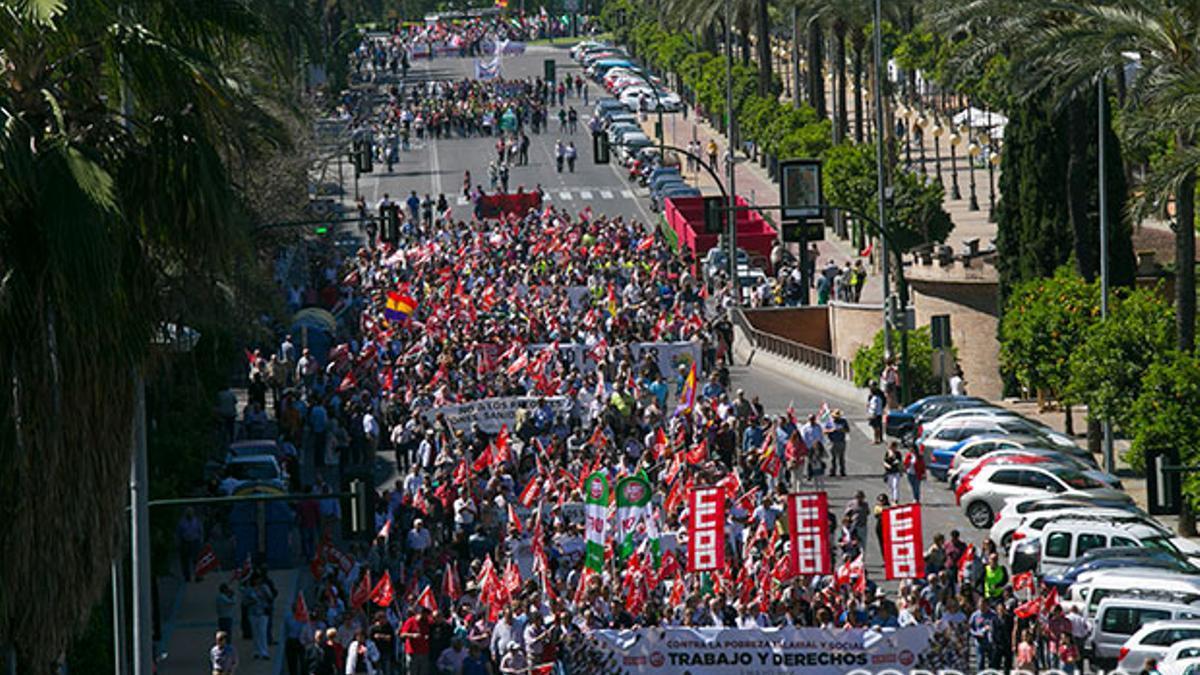 Manifestación del Primero de Mayo en el Paseo de la Victoria