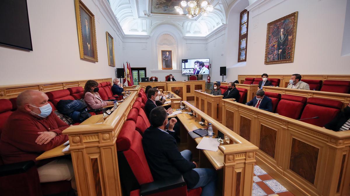 Pleno en el Ayuntamiento de Toledo