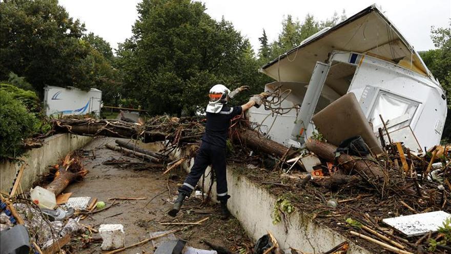 Tres muertos y un bebé desaparecido por las inundaciones en el sur de Francia