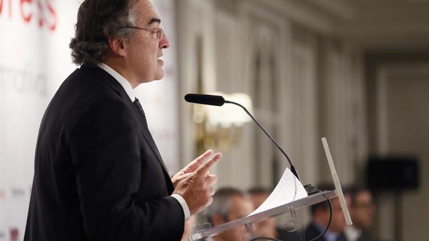 La CEOE aboga por seguir en la moderación salarial aunque los precios suban
