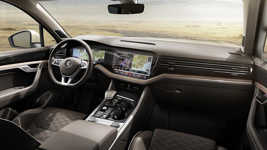 Lujo y tecnología habitan en el interior del nuevo Volkswagen Touareg.