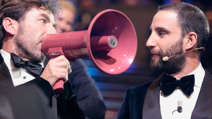 Antonio de la Torre y Dani Rovira, durante un gag de la gala de los Goya 2017