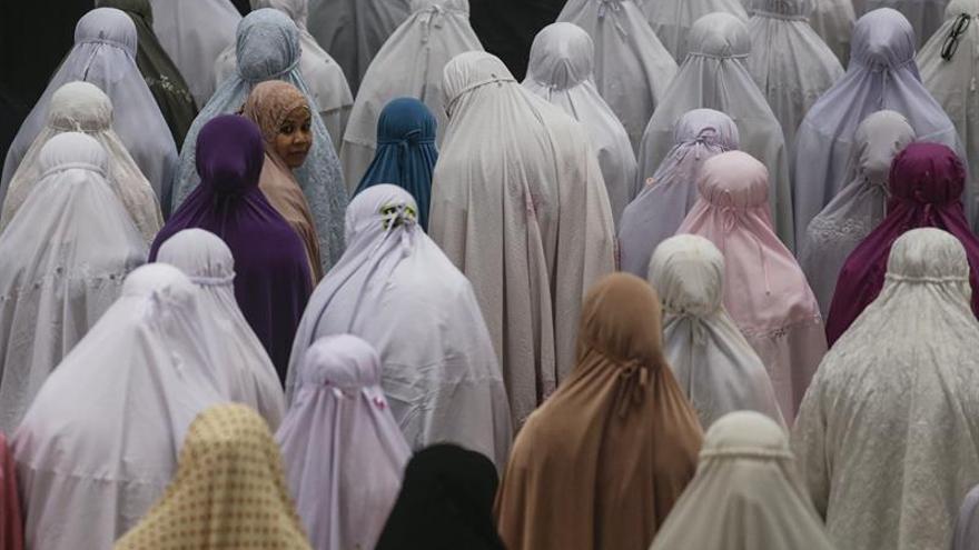 El Ramadán comienza en Oriente en plena lucha contra el terrorismo yihadista
